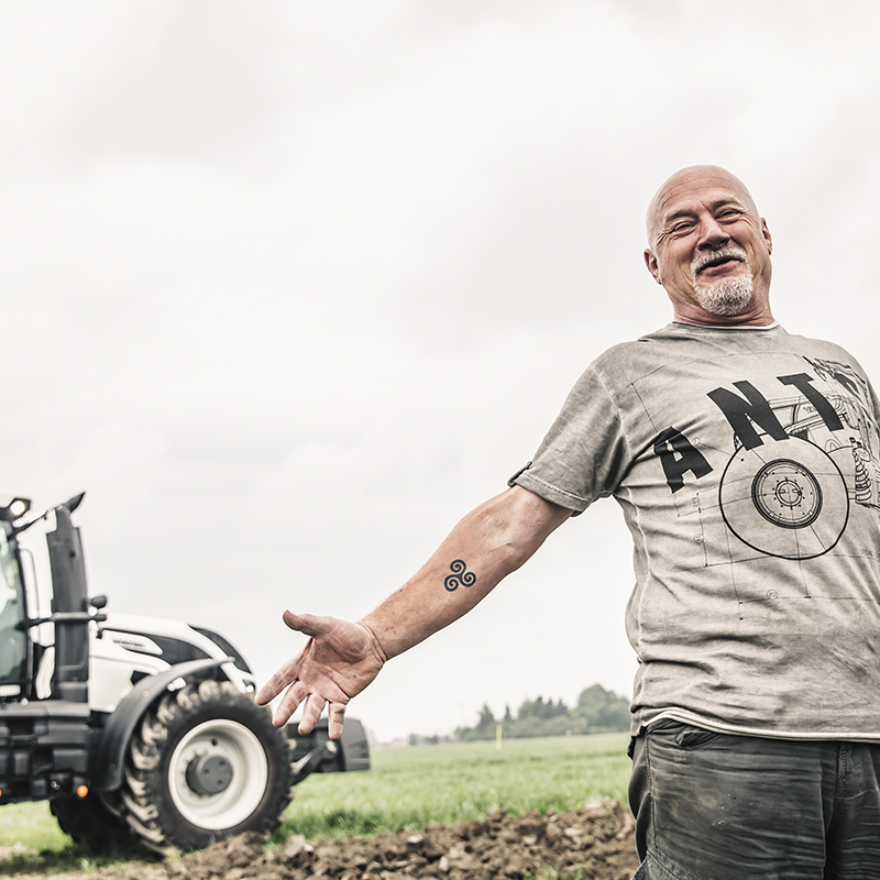 Valtra happy tractor owner